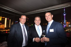 Left to right: LIASE Group, President, Wolfgang Doell; LIASE Group, Managing Director Americas, John Bukowicz; and, MI-Verlage moderne Industrie, Publishing Director, Stefan Waldeisen.