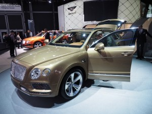 Bentley unveiled an ultra-luxury SUV, the Bentayga. Rumours have it that the first unit will be delivered to Queen Elizabeth II. The British company can produce between 3000-4500 Bentaygas per year. Based on VW Group's MLB-Evo platform, the Bentayga has a computer controlled air spring system, a rounded yet front mesh grilles filled design, and a W12 engine with 600 hp at 6000rpm and 663 lb-ft of torque between 1250rpm and 4500rpm.