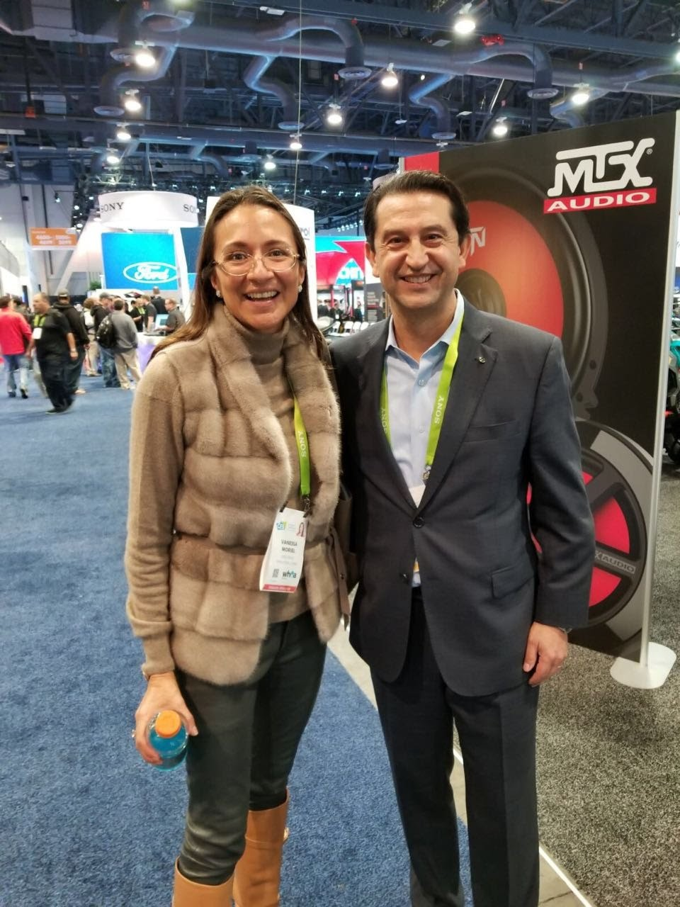 Vanessa Moriel with José Muñoz, Chief Performance Officer, Nissan Motor Co., Ltd. Muñoz was Chairman of Nissan North America from 2014 to January 2018.